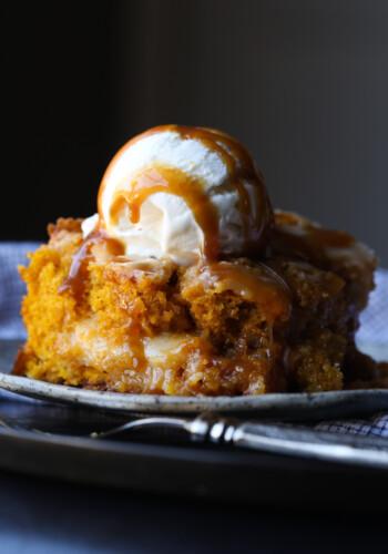 Pumpkin Earthquake Cake is the best pumpkin cake recipe and so easy!