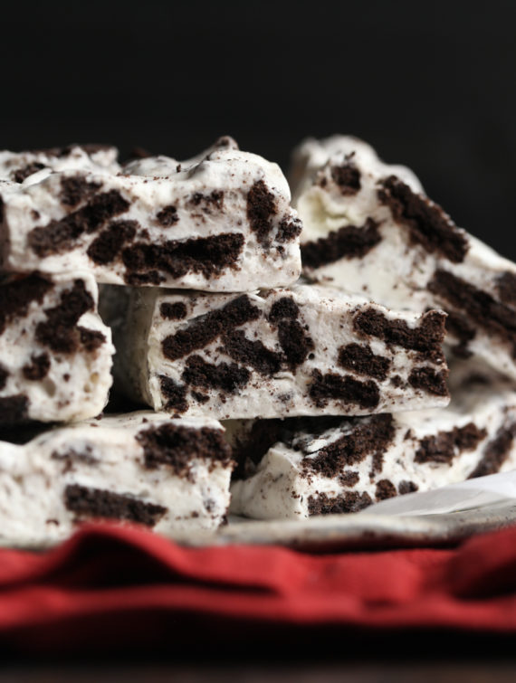 No Bake Cookies and Cream Marshmallow Bars are a 3 ingredient dessert that is made in minutes!