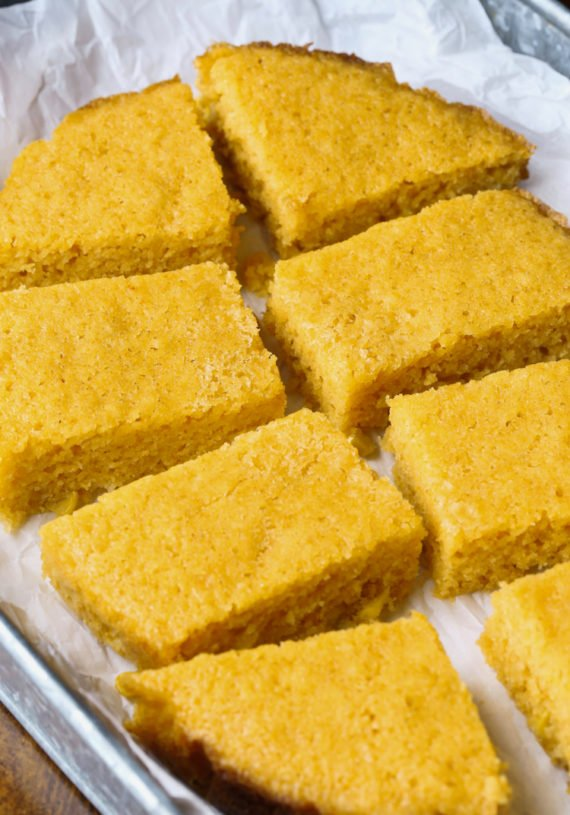How to make Corn Bread in a slow cooker