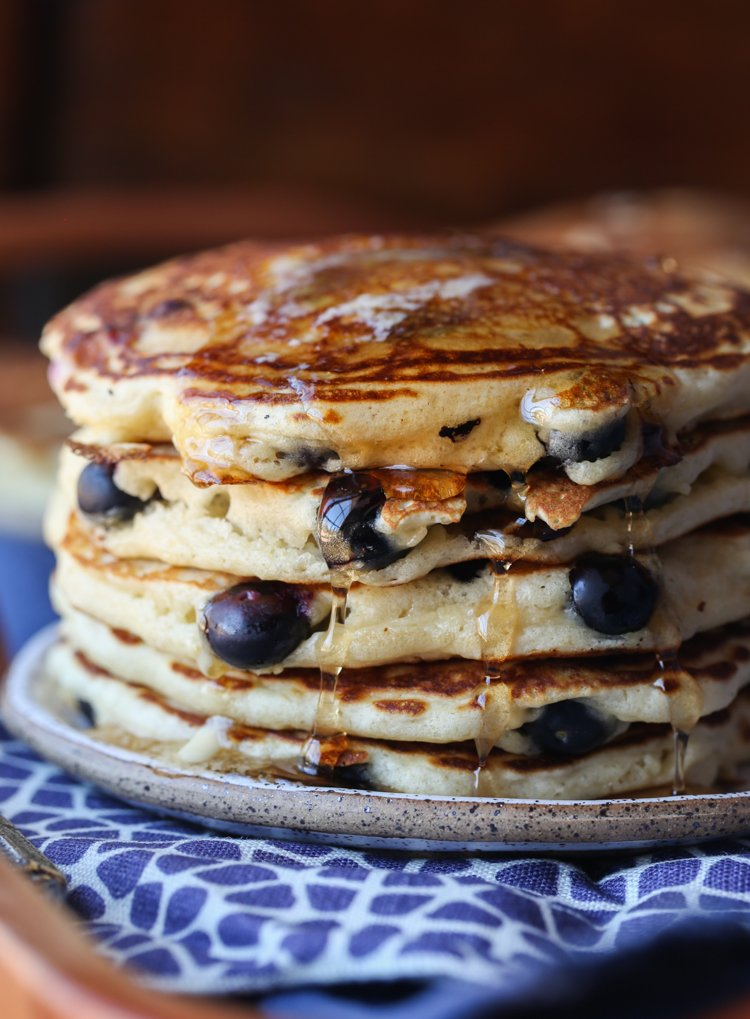 Blueberry Pancakes Recipe Easy And Fluffy Blueberry Pancakes