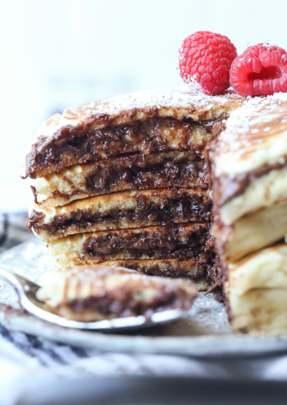 Creamy Nutella Stuffed In this easy pancake recipe