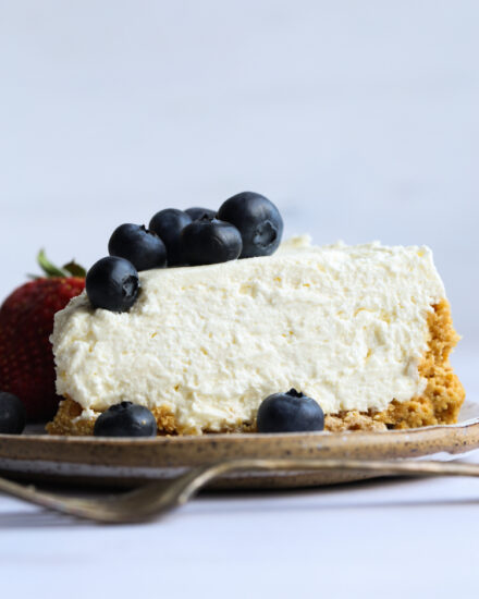 This No Bake Cheesecake Recipe is easy and so creamy