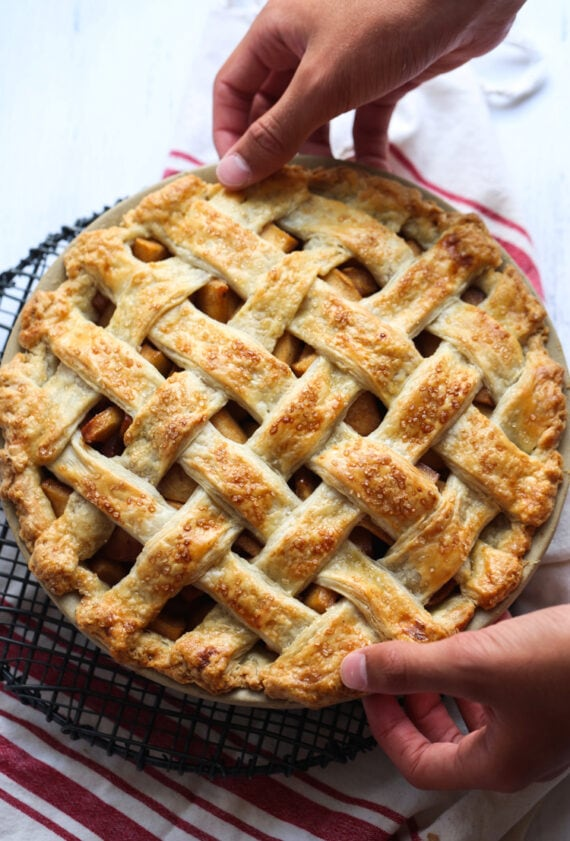 The Best Apple Pie Recipe is easy