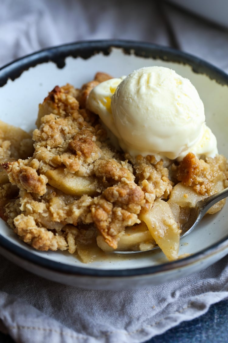 Easy Old Fashioned Apple Crisp The Best Apple Crisp Recipe