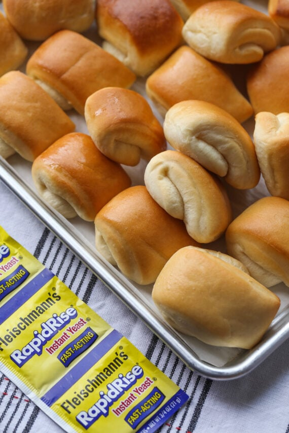 Baked Dinner Rolls with Instant Yeast