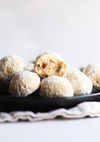 Russian Tea Cakes Cookies coated in powdered sugar