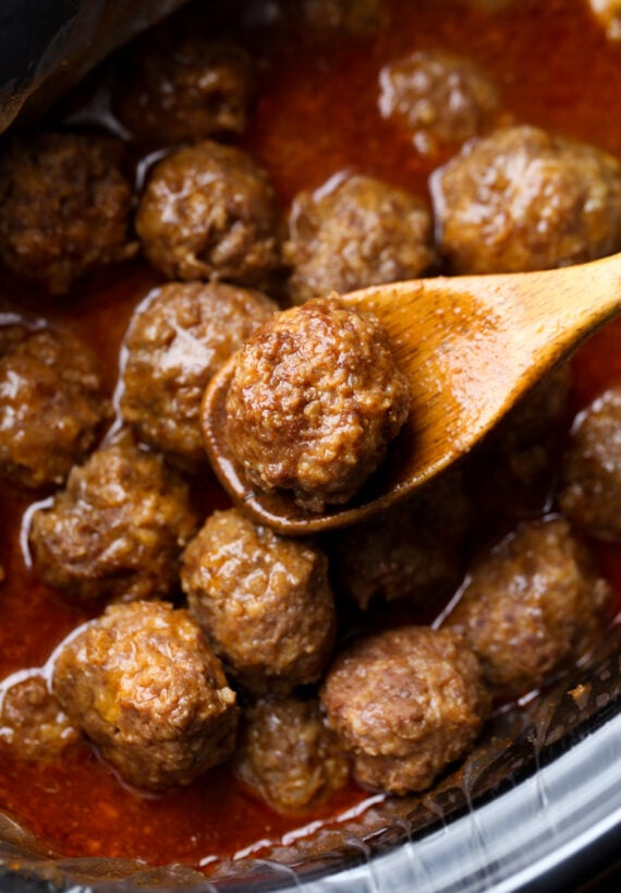 Cheesy Meatballs in the slow cooker with sauce