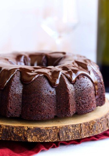 Red Wine Cake with chocolate ganache