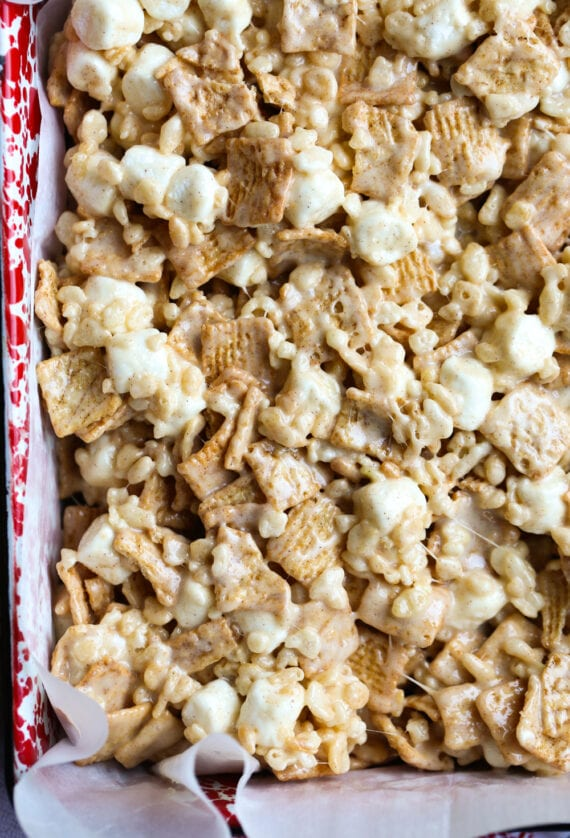 Pan of Cinnamon Toast Crunch No Bake Dessert Bars