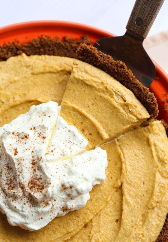 Fluffy Pumpkin Mousse Pie