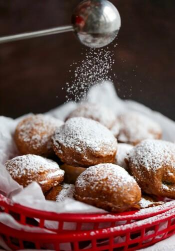 Coating Deep Fried Oreos with powdered sugar
