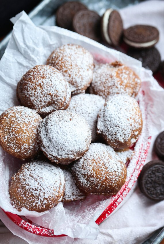 powdered sugar sprinkled on top of batter fried Oreos
